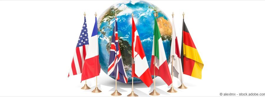 Monde avec drapeaux du G7